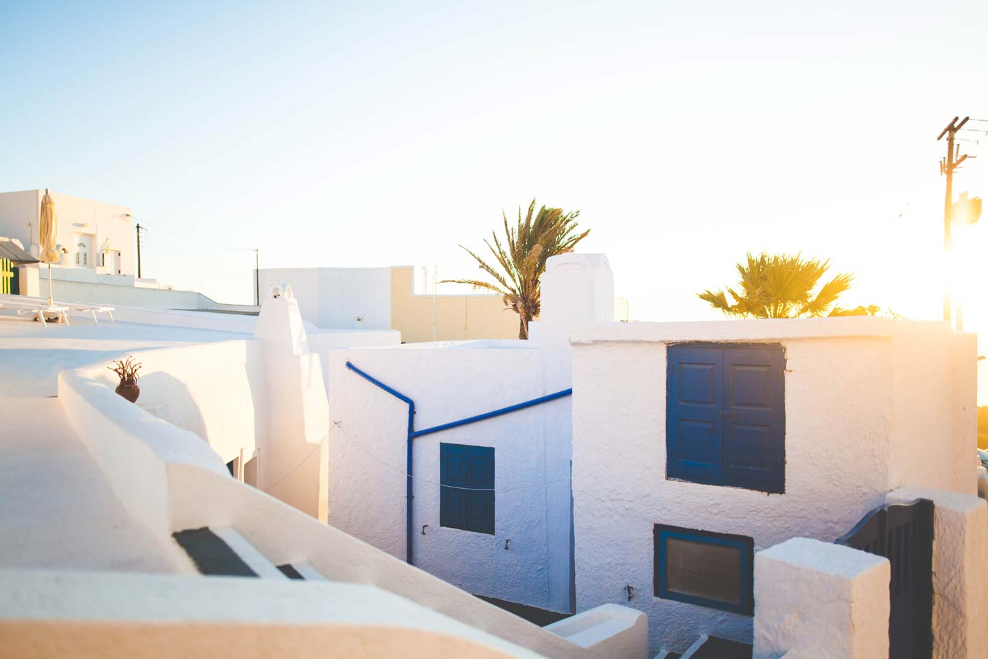 Best luxury and boutique hotels in santorini for Top luxury boutique hotels