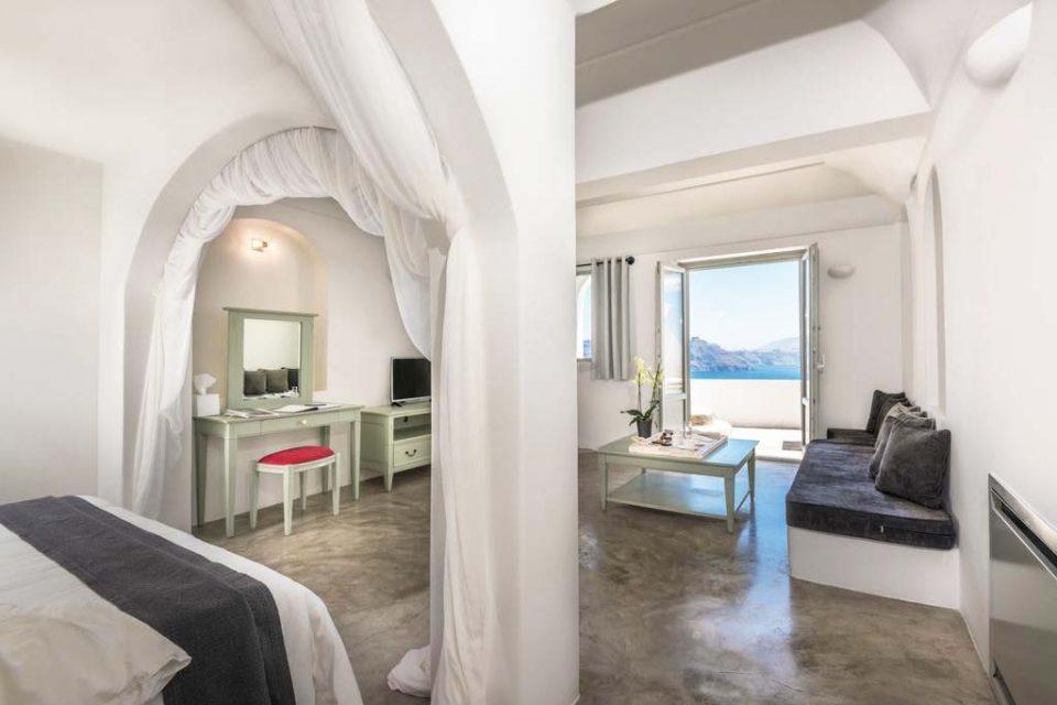 Andronis-Luxury-Suites