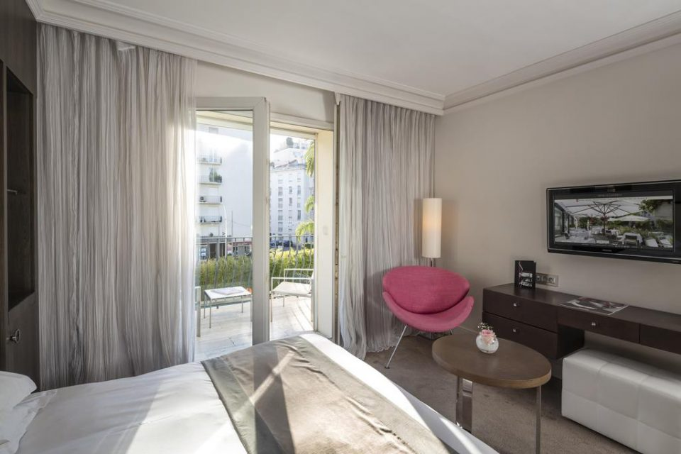Hotel-Le-Canberra-