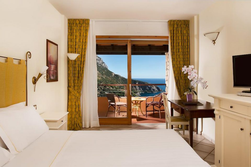 Hotel-Torre-Di-Cala-Piccola-