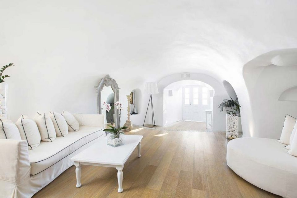 Kirini-Suites-&-Spa