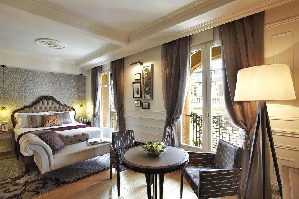 La-Clef-Louvre hotel paris