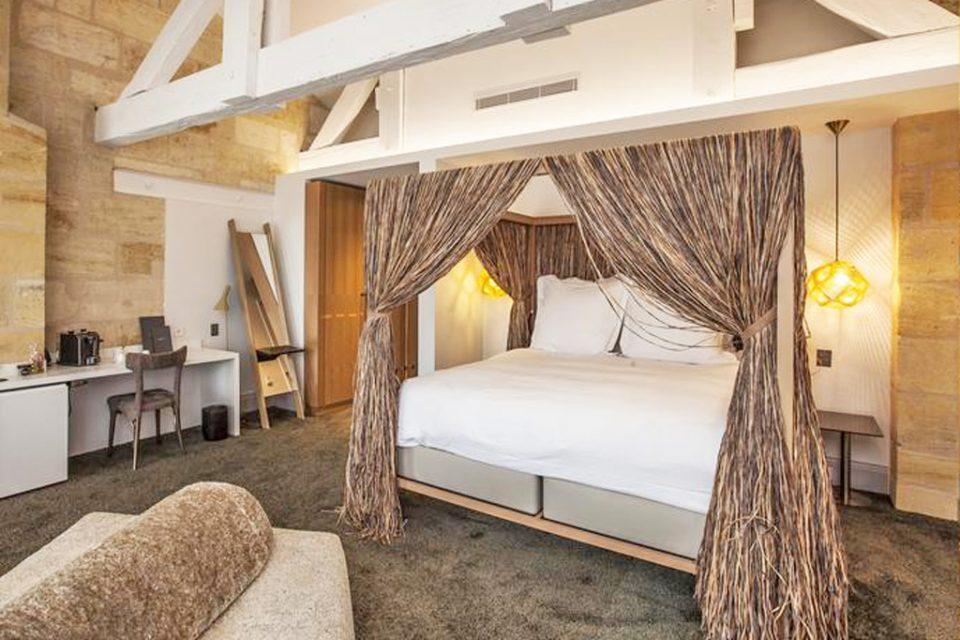 Yndo-Hotel-