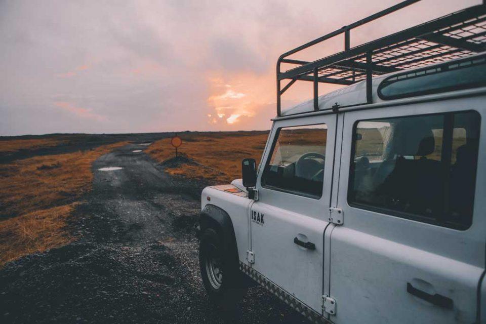 iceland jeep