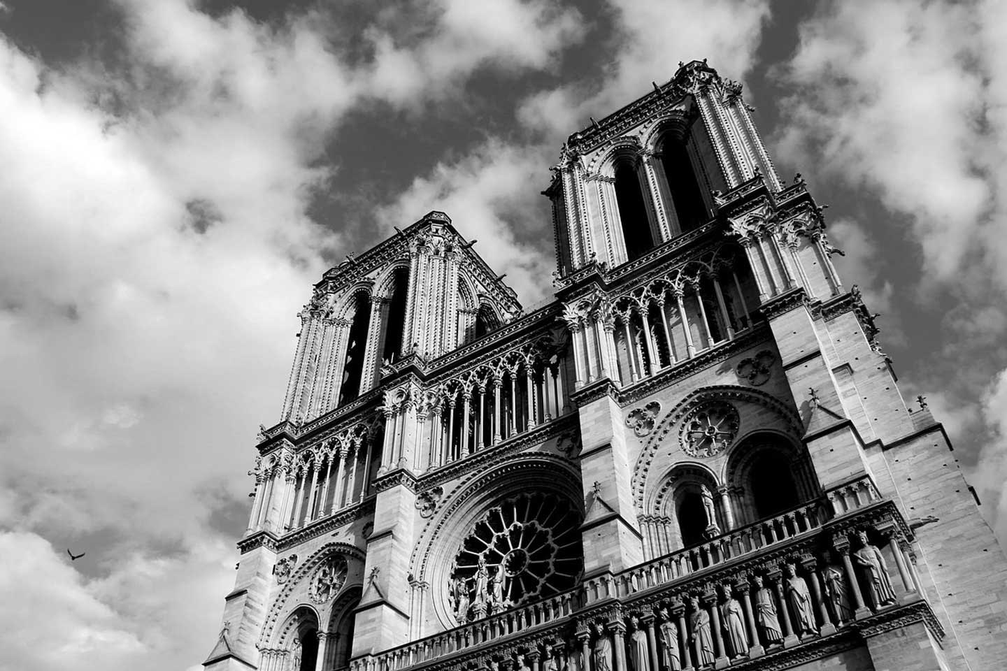 paris notre dame church