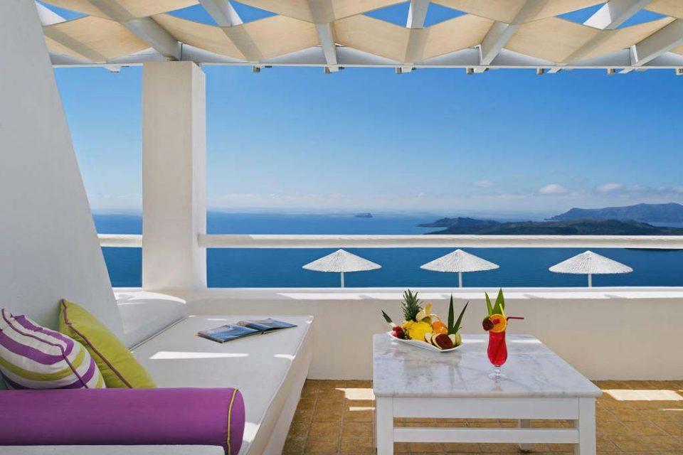 Lilium-Santorini-Villa